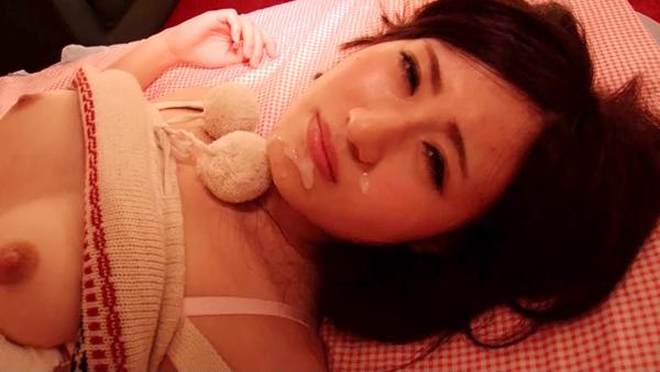 【ハメ撮り】寝ている所を!寝ぼけ眼で感…
