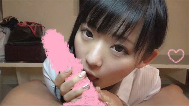 【個撮⑮】噂のSS級美少女に口内発射☆ㄘんㄘん ㄟ゜ㄋㄟ゜ㄋ着衣フェラ&唾たらし手コキ【おまけ付】