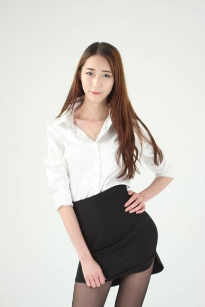 韓国の素人モデル撮影会 セミ